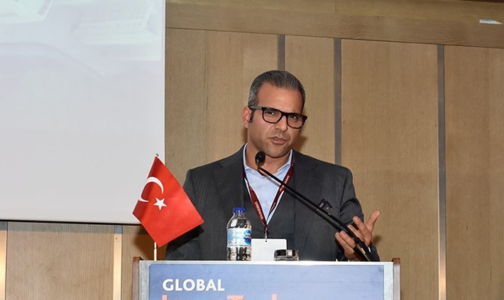 Arman Sarhaddar iVAULT at InsurTech Summit, Istanbul, Turkey