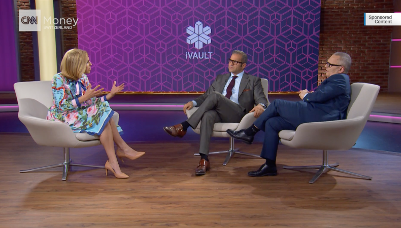CNN Interview (von links nach rechts): Amanda Kayne, CNN Moderatorin; Arman Sarhaddar, CEO und Gründer der Vault Security Systems AG; Urs E. Gattiker, COO.