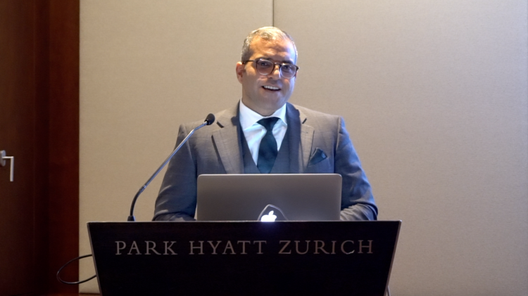 Blockchain-Technologie, blockchain technology: Arman Sarhaddar, CEO and founder of Vault Security Systems AG. Park Hyatt, Zurich.